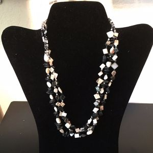 Jewelry - Beaded Necklace. Add this to your bundle!